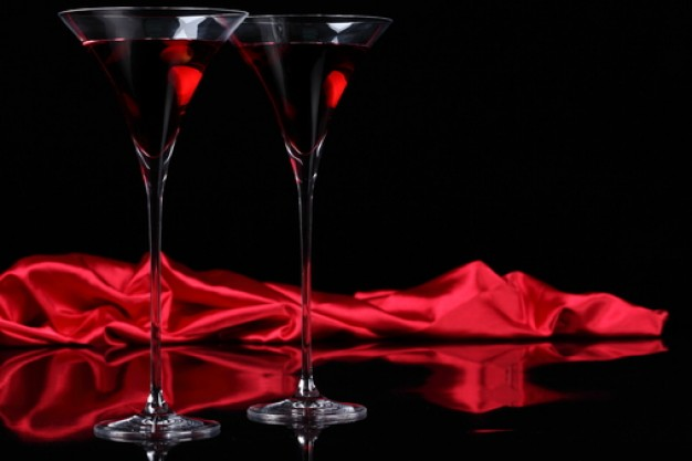 beber-alcohol--copas-de-vino--jugo--copa-de-vino_3267045