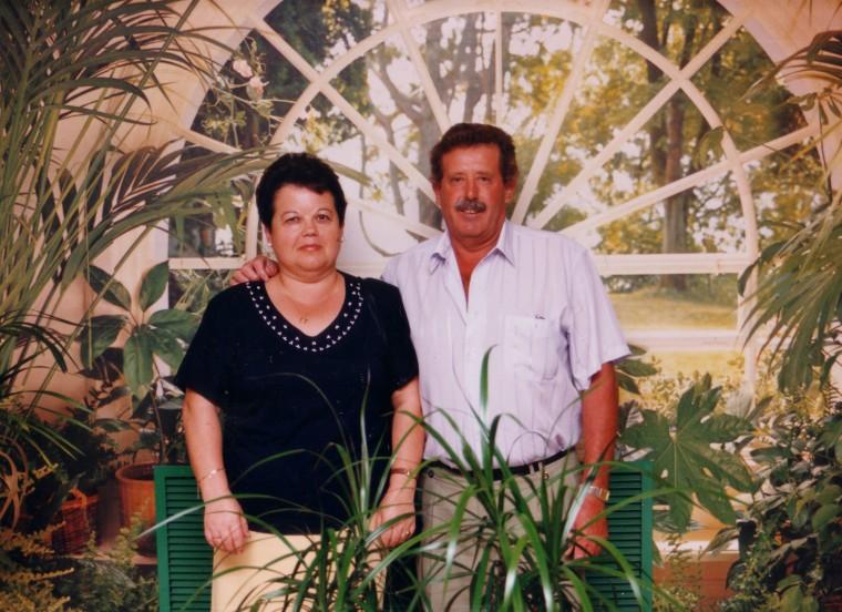 1995 PAPA Y MAMA.jpg